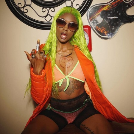 ISEEHAIR Neon Green Lace Front Wig 100% Human Hair 13*4 Transparent Lace Wig